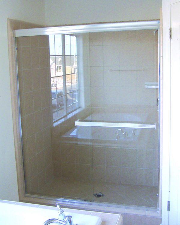 Shower Bypass Door 260 E CH CLR